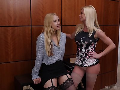 Classy lesbians in stockings Sarah Vandella and Hannah Hays lick pussy