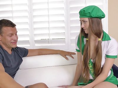 Married guy cums on perky tits be advantageous to pretty student Samantha Hayes