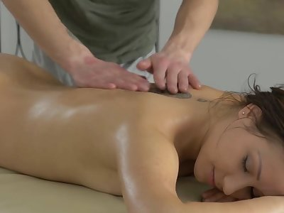 Suave massage ends with ardent making out and creampie for Erin